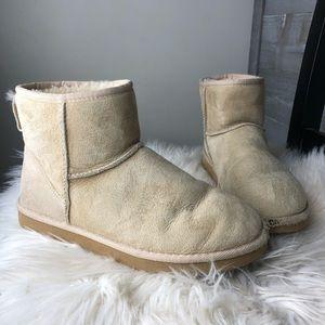 UGG Austrailia low sand beige boots